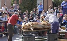 La fiesta de la matanza de Laguna reparte más de 500 raciones de jijas