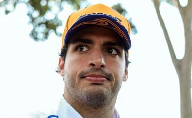 Carlos Sainz recibe su primer derechazo en McLaren