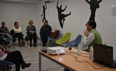 La Escuela de Padres de Guijuelo, plataforma para difundir el programa piloto de convivencia