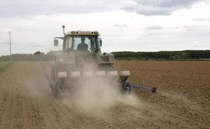 Conducen un tractor robado desde Segovia a San Cristóbal y les detienen un mes después tras haberlo reparado