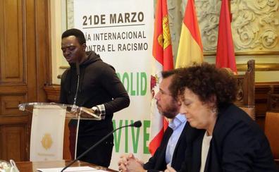 Valladolid reconoce la labor de los voluntarios de las asociaciones que trabajan contra el racismo