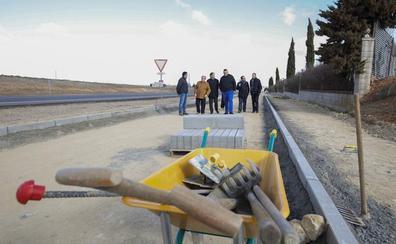 Las obras del carril bici hasta el Helmántico concluirán a mediados del mes de mayo