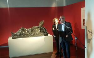 Un bronce funerario de Guglielmo della Porta, discípulo de Miguel Ángel, recala en el Museo Nacional de Escultura