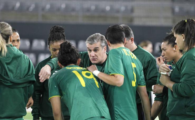 Suiza 16 - 28 Brasil