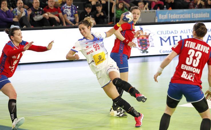 Las Guerreras ganan a Serbia en su segundo partido en Palencia (31-28) 1/2