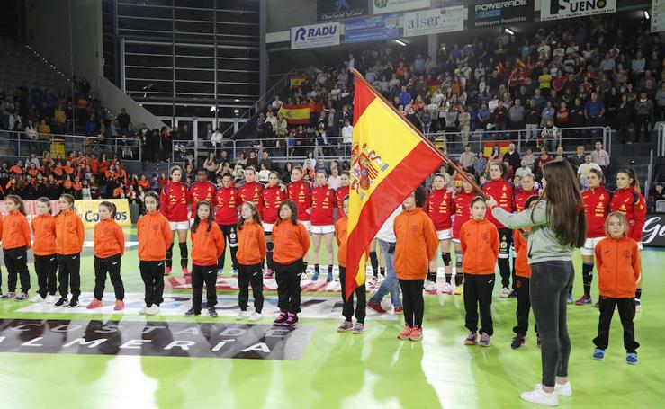Las guerreras ganan a Serbia en su segundo partido en Palencia (31-28)