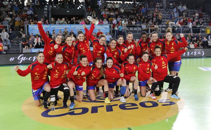 España campeona del trofeo ciudad de Palencia 2/2