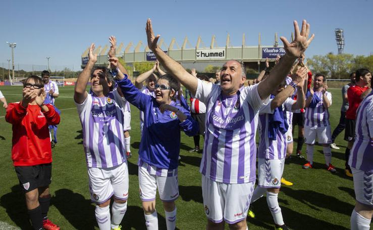 Partido de futbol inclusivo entre el Real ValladoliDI y Athletic