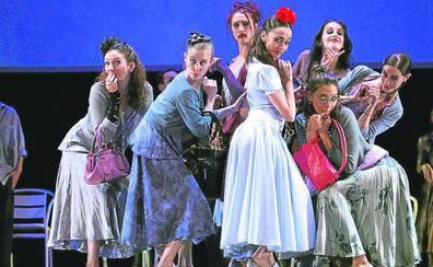 El teatro Juan Bravo recibirá en mayo a Carmen Maura y al ballet de Víctor Ullate
