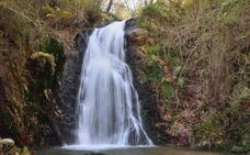 Herida una vallisoletana al caerse en las cascadas de Guanga, en Oviedo