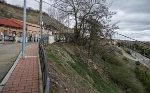Urbanismo consolidará la ladera de la Cuesta de la Maruquesa en Valladolid para evitar deslizamientos de tierra