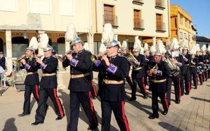 Las calles de Dueñas ya suenan a Semana Santa