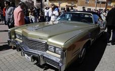 Grijota disfruta de los coches clásicos