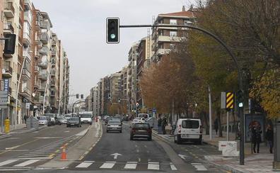 Todos los pasos de peatones con semáforo tendrán avisadores acústicos