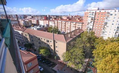 Vecinos del barrio vallisoletano de Vadillos reclaman la antigua casa cuartel para uso ciudadano