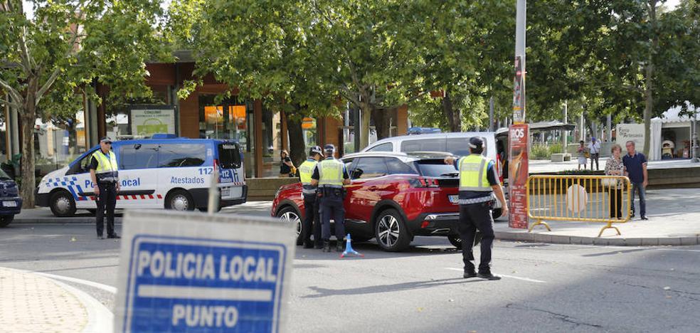 Sorprendido sin carné de conducir en una colisión con otro coche en el Puente Mayor de Palencia
