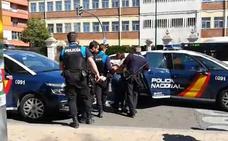 El alcalde de Valladolid cuestiona la intervención policial en el altercado de Vox en Delicias
