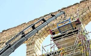 Patrimonio autoriza la instalación de la réplica de la Virgen del Acueducto