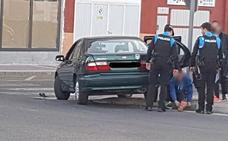 Dos accidentes entre turismos y motocicletas se saldan con un herido en Valladolid