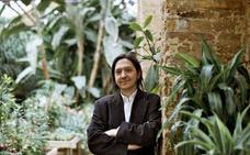 Los libreros premian a Santiago Lorenzo por 'Los asquerosos'