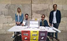 La consulta republicana se celebra con urnas situadas fuera de las facultades