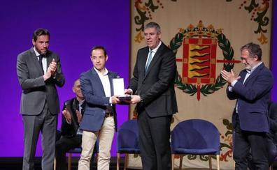 Valladolid y Renault ratifican su alianza: Medalla de Oro y compromiso de futuro