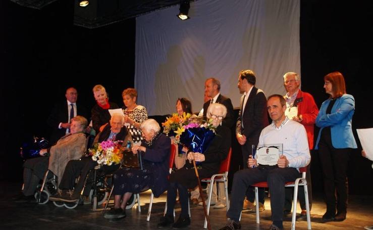 Galería del homenaje a los vecinos centenarios en San Miguel del Arroyo