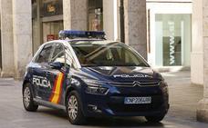La Policía Nacional auxilia a una mujer que intentó quitarse la vida en su domicilio en Valladolid