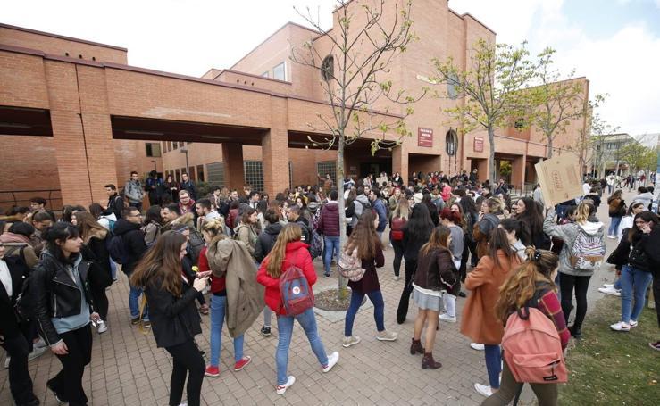 Protesta de los estudiantes de Medicina en Salamanca