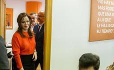 Silvia Clemente rompe su silencio en Twitter para defender a la Policía ante los ataques de Bildu