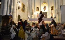 Pablo Moreno une palabra, cine y teatro en su pregón de Semana Santa en Ciudad Rodrigo