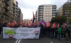 Los trabajadores de las ambulancias barajan convocar huelgas contra el traslado del servicio