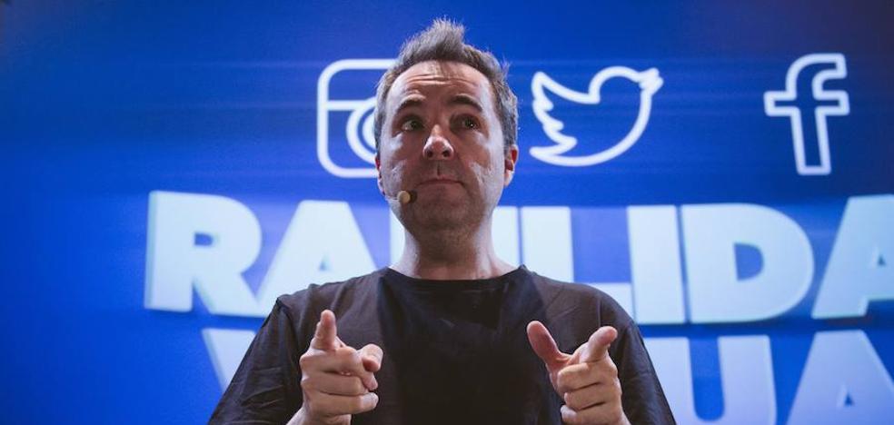Raúl Pérez: «Imitando a Iker Jiménez, Pedrerol y Echenique me cuesta no reírme»
