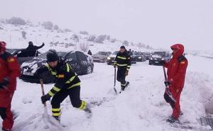 La Fiscalía demanda a Iberpistas en nombre de los atrapados por el caos en la nevada de la AP-6