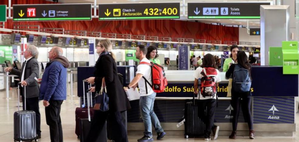 Aeropuertos y estaciones de tren comienzan su particular vía crucis de huelgas en Semana Santa