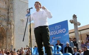 Mañueco pide a Carnero que de «un paso al frente» para ganar la Diputación de Valladolid