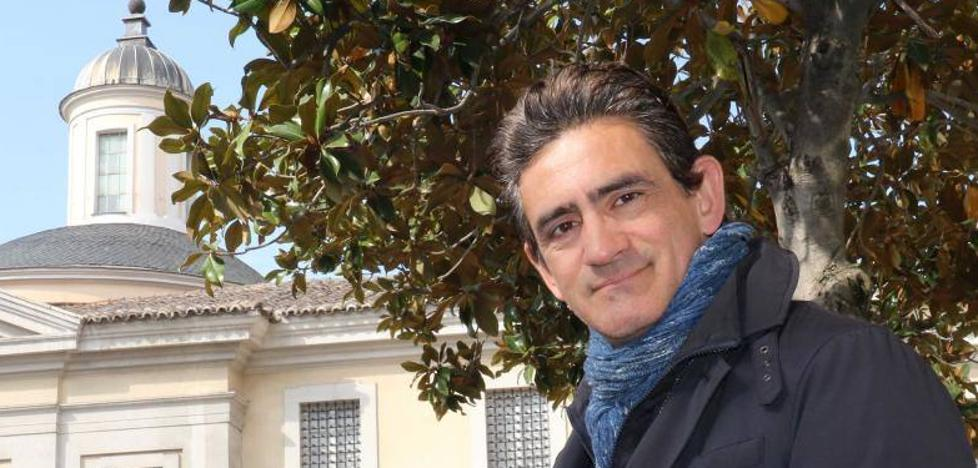 Ignacio Martín Verona: «El demonio está tan lejos de los juzgados como puede estarlo Dios»