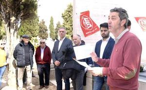 Socialistas y ugetistas recuerdan en el cementerio del Carmen a las víctimas de la Guerra Civil