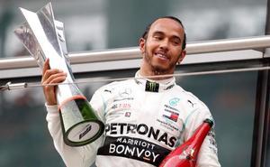 Hamilton vuelve a subirse al trono en China