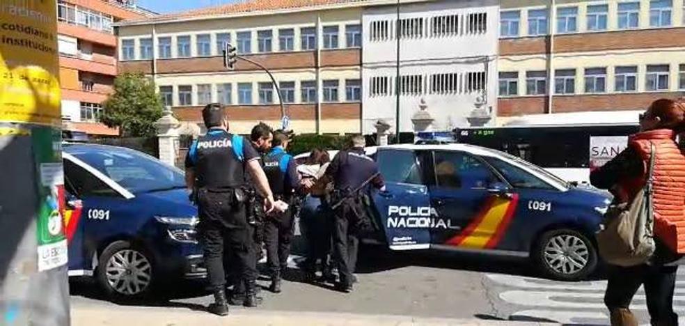 El juez toma declaración a los tres vecinos de Delicias investigados tras un altercado con Vox en Valladolid