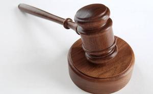 Condenada a ocho meses de cárcel por un delito de falsedad en un contrato de orquestas en Palencia