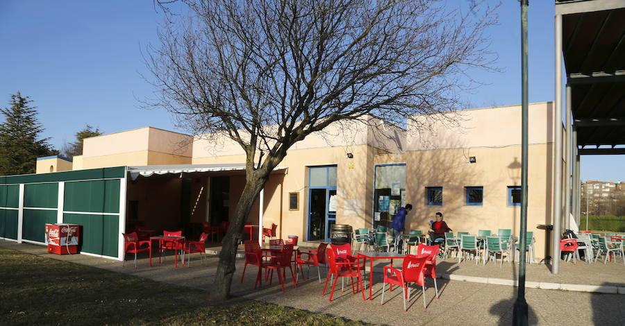 Condenados en Palencia dos menores por robar 60 botellines y ocho botellas de licor
