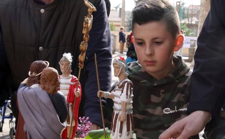 Via crucis de los niños en el barrio de San José
