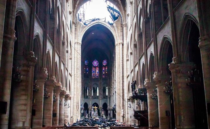 Así ha quedado el interior de Notre Dame