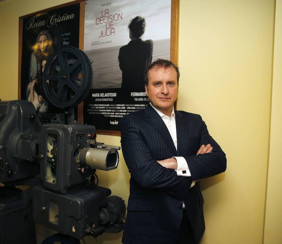 Fernando Cayo presentará la gala de los Premios Max