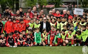 El salmantino Hugo Asunción, del CD Carbajosa, en el Milan Day Camp del AC Milan