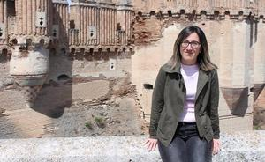 Virginia Yubero, candidata del PP a la Alcaldía de Coca, se propone frenar la caída de población