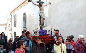Tamames inicia su Semana Santa con el Vía Crucis Infantil