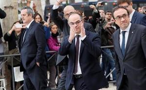 El Supremo rechaza dar permisos a Sánchez, Turull y Rull para participar en la campaña electoral