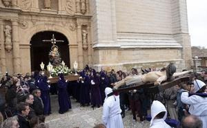 Rioseco se rinde al Cristo del Amparo